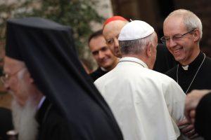 Popiežius melsis kartu su anglikonų bažnyčios vadovu