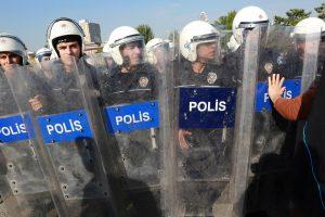 Dėl galimų išpuolių Ankaroje uždrausti vieši susirinkimai