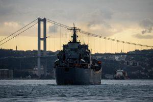Rusijos karo laivas Viduržemio jūroje gelbėjo Ukrainos žvejus