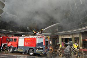 Per gaisrą Kinijos viešbutyje žuvo mažiausiai 10 žmonių