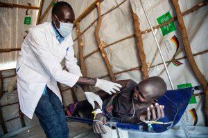Mozambiką siaubia cholera: serga per 1200 žmonių