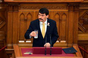J. Adera Vengrijai vadovaus dar vieną kadenciją