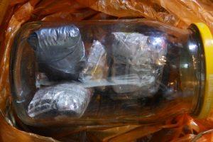 Išaiškintas Kybartų pataisos namams narkotikus tiekęs darbuotojas