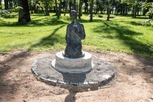 Į Lietuvą atkeliavo šv. Onos skulptūra iš Jeruzalės