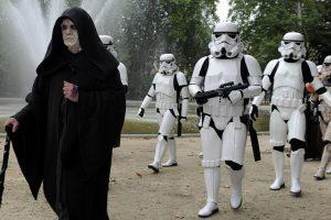 Verslininkai: teminiuose vakarėliuose populiariausi – filmų herojų kostiumai