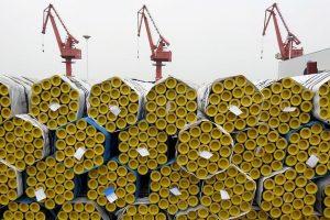 D. Trumpas Kinijai graso naujais muitais: atsieitų 200 mlrd. dolerių