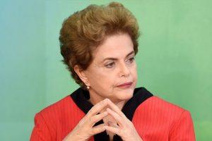 Brazilijos prezidentės apkalta kulminaciją pasieks prasidedant olimpiadai