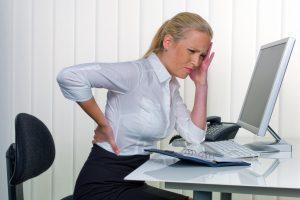 Kas sukelia nugaros skausmą?