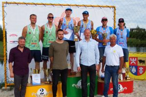 Paplūdimio tinklinio fiesta baigėsi įspūdinga lietuvių ir rusų kova