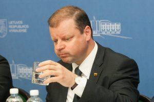 Į lietuvio paso idėją S. Skvernelis žiūri kritiškai?