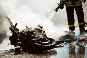 Prie Žagarės parko žuvo motociklininkas