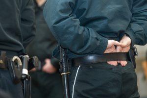 Sulaikyti iš Vilniaus serviso automobilius pavogę įtariamieji