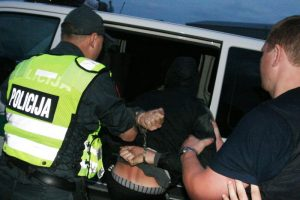 Seifą su pinigais ir loterijos bilietais galimai pavogęs vyras – sulaikytas