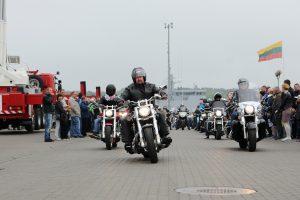 Motociklininkai gali nulemti ir kitų vairuotojų likimą