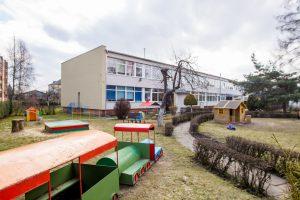 Šokiruojanti situacija Kauno darželyje: auklėtoja smurtauja prieš vaikus ir kolegas?