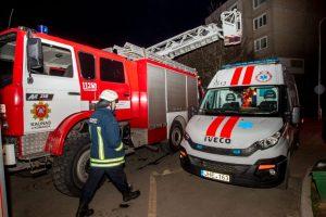 Naktį Kaune ir rajone siautėjo gaisrai: degė ir garažai, ir butai