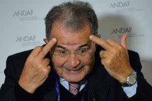 Buvęs Europos Komisijos vadovas: reikia atšaukti sankcijas Rusijai