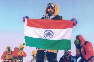 Apie įkopimą į Everestą melavę policininkai atleisti iš darbo