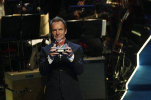 Stingas švedų muzikos premiją atidavė pabėgėliams