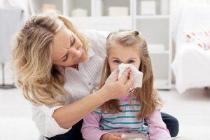 Vasarinis peršalimas: nesuklyskite manydami, kad jums alergija