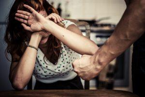 Kaune sulaikytas karys, įtariamas smurtu prieš sutuoktinę