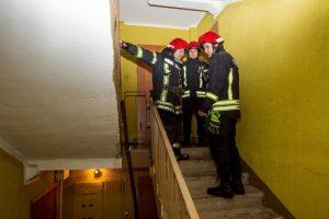 Sujudimas Garliavoje: užsidegus elektros skydinei evakuoti žmonės
