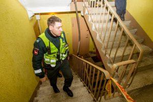 Incidentas Vilijampolėje: pareigūnus iškvietusią moterį teko tramdyti elektrošoku