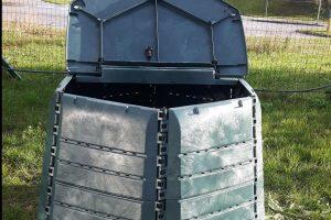Kompostinės suteikiamos ir kotedžų bei sublokuotų namų savininkams