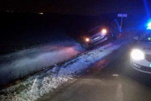 Klaipėdos rajone girtas vairuotojas nesuvaldė automobilio