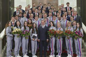 Rusų olimpiečių apdovanojimą Kremliuje sutrikdė klaida