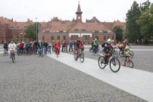 Savižudybių prevencijos dieną paminėjo dviračių žygiu
