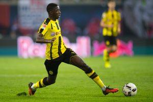 Vokietijos futbolo čempionato lyderių gretose rikiuojasi keturi klubai