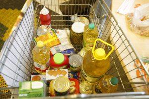 Nepasiturintiems nupirkta maisto produktų už beveik 8 mln. eurų