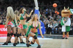 """""""Žalgirio"""" šokėjos vėl pretenduoja šokti Eurolygos finalo ketverte"""