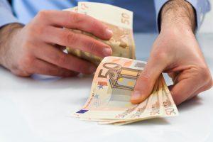 Bankai paskolas dalina aktyviau