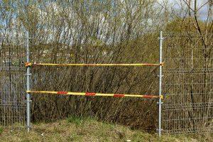 Klaipėdos apylinkėse griūva nelegalios tvoros