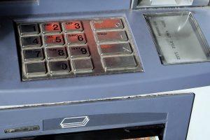 Lietuvos bankas: laiku neatsakęs klientei, DNB bankas pažeidė įstatymą