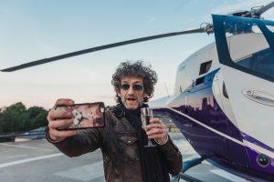 J. Mayer į Klaipėdą atskrido sraigtasparniu