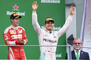 """""""Formulės 1"""" pasaulio čempionato etapą laimėjusį vokietį nuo lyderio skiria du taškai"""