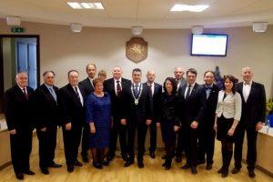 Įvyko pirmasis Neringos savivaldybės tarybos posėdis