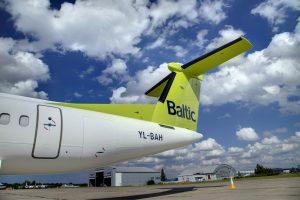 """""""Air Baltic"""" privalės sumokėti 16 mln. eurų bankrutavusiai """"flyLAL"""""""