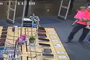 Įžūlumo viršūnė: kompiuterį pavogė prisidengęs vaiku