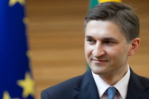 J. Neverovičius: bloga praktika, kai partijos deleguoja viceministrus