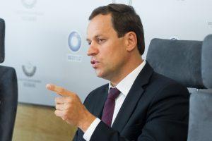 V.Tomaševskis sako nevadovausiantis LLRA, jei partija gaus mažiau nei 8 mandatus