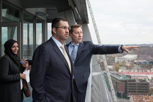 Su Vilniaus meru susitikęs JAE ministras domėjosi Vilniaus investiciniais projektais