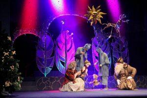 Lėlių teatre patekės Kalėdų saulė