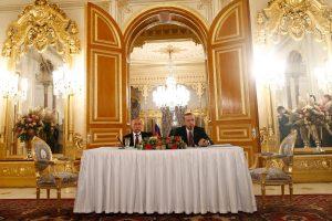 Turkija ir Rusija pasirašė sutartį dėl dujotiekio tiesimo