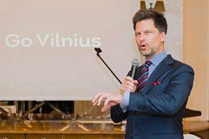 """Už partizanų šmeižimą reikalaujama atleisti """"Go Vilnius"""" vadovą"""