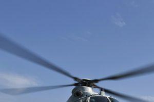 Kelte sunegalavusį Vokietijos pilietį į krantą gabeno sraigtasparnis