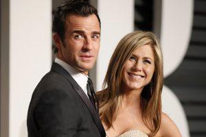 Slapta susituokusi aktorė J. Aniston medaus mėnesį praleis Bora Boroje